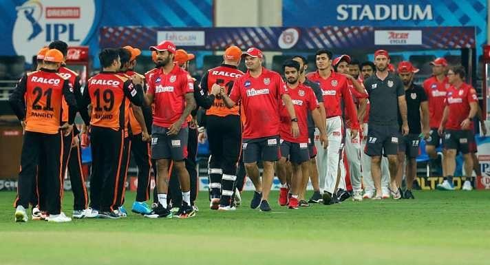 IPL 2021 PBKS vs SRH: रोमांचक मुकाबले में पंजाब किंग्स ने सनराइजर्स हैदराबाद को 5 रन से हराया, प्लेऑफ की रेस से बाहर हुई केन विलियमसन की टीम 1