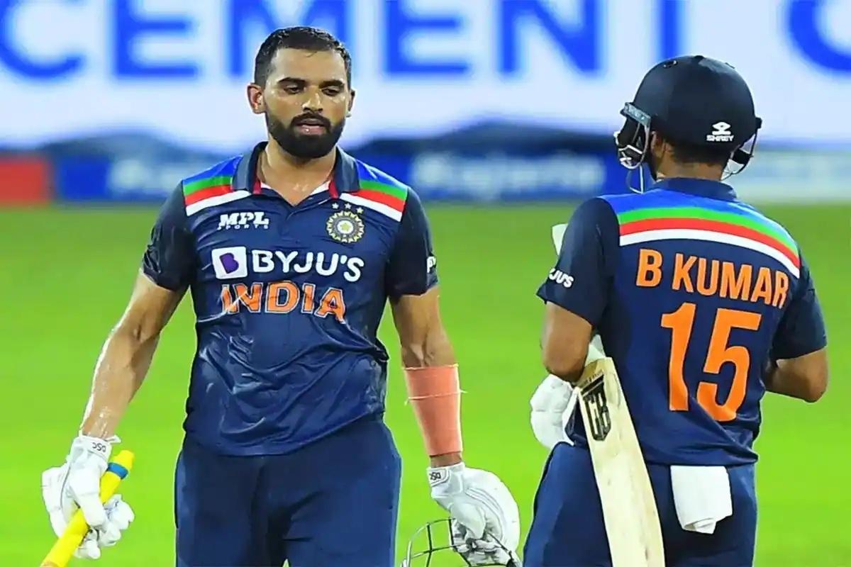 """""""आपकी ये असली उम्र है या क्रिकेट खेलने वाली"""" जब दीपक चाहर से राहुल द्रविड़ ने पूछा उनकी उम्र 2"""