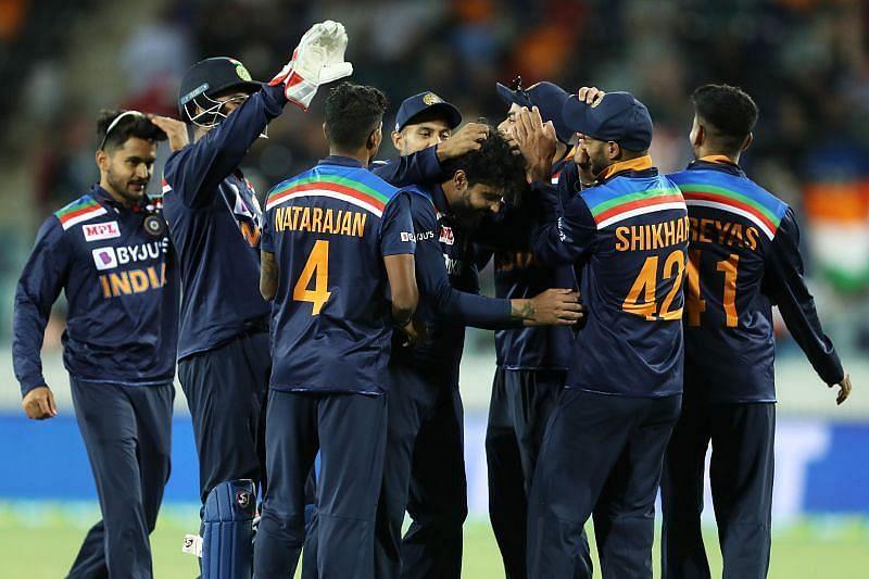 भारतीय टीम के टी 20 विश्व कप स्क्वॉड में भारी उलटफेर, शार्दुल ठाकुर की टीम में एंट्री, इस दिग्गज को किया बाहर 2
