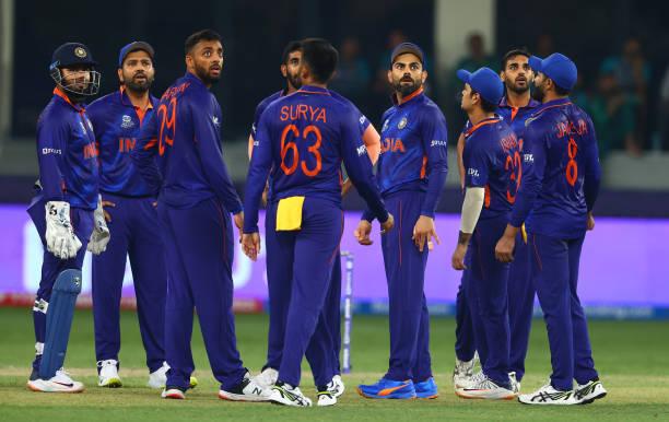 ICC T20WC- पाकिस्तान के खिलाफ हार के बाद सुनील गावस्कर ने भारतीय टीम को दी ये खास सलाह 5
