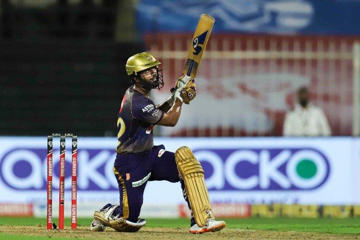 IPL 2021: रोमांचक मुकाबले में केकेआर ने दिल्ली को हरा फाइनल में बनाई जगह, सिर्फ 12 रन बनाकर चमके राहुल त्रिपाठी 1